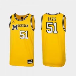 Maize #51 Replica Mens Austin Davis Michigan Jersey 1989 Throwback College Basketball 621449-958