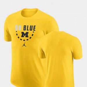 Maize Basketball Team Michigan T-Shirt For Men's 992909-432
